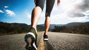Vuoi bruciare più grassi? Comincia a camminare!