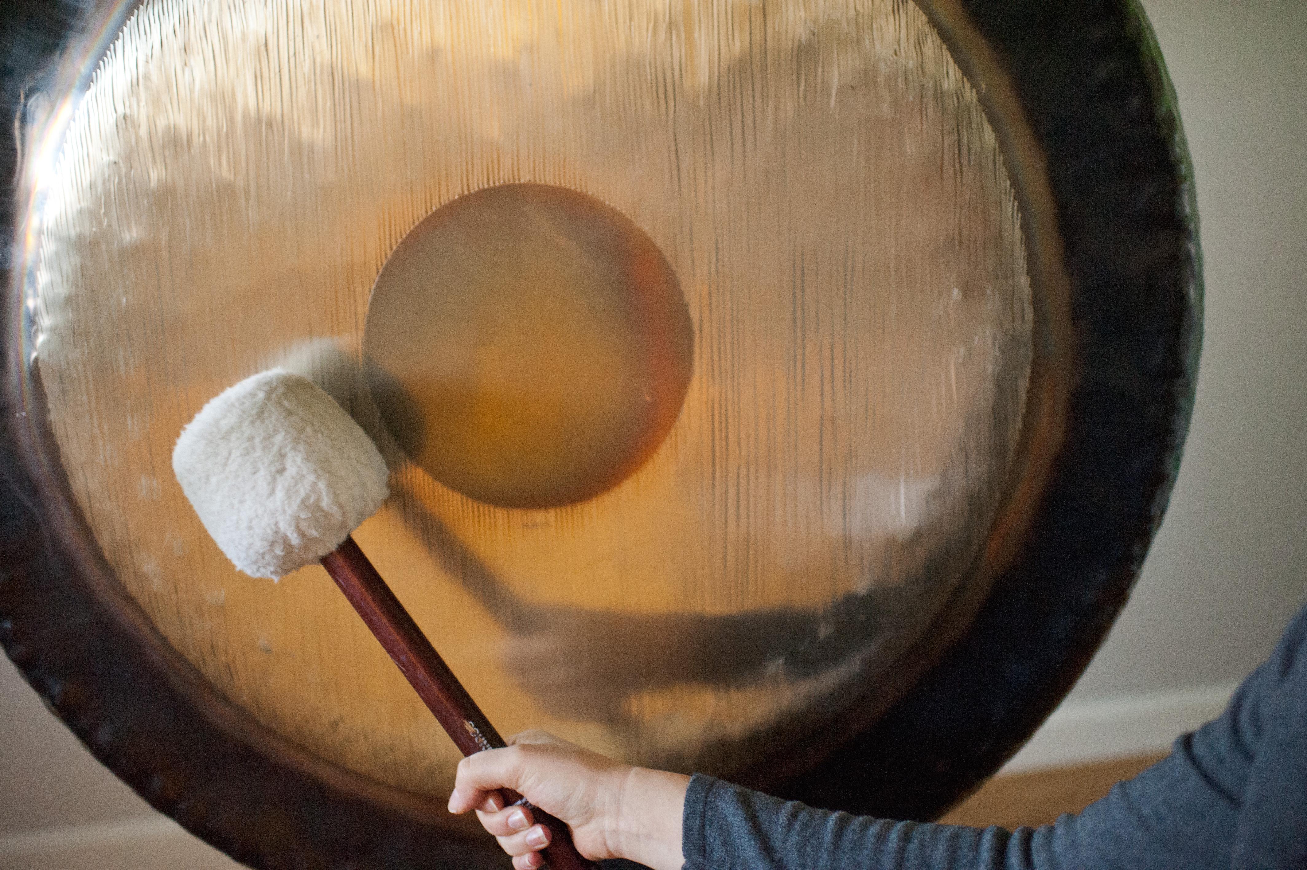 Bagno di gong un 39 esperienza curativa per il corpo e per - Bagno di gong effetti negativi ...