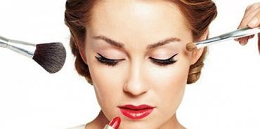 Da ZONE una giornata dedicata al make up waterproof con i professionisti Marionnaud